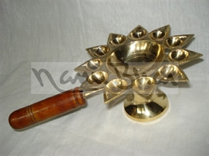 Picture of Arti 11 Batti Wooden Handle